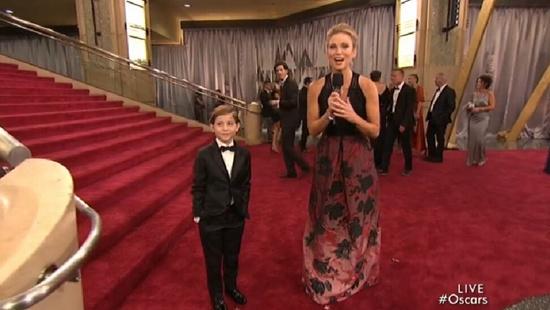 [热点新闻]雅各布·特瑞布雷亮相奥斯卡 人小鬼大模样可爱