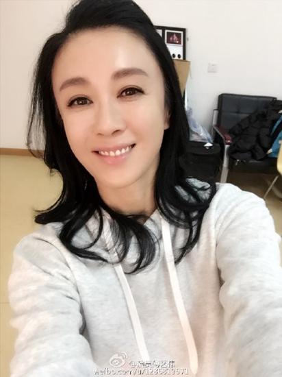 [热点新闻]演员傅艺伟涉毒被抓已被警方带走 曾饰演妲己(图)