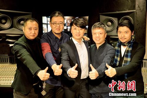 """[热点新闻]""""好声音""""冠军张磊《年少如风》MV首发(图)"""