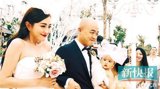 [热点新闻]包贝尔婚礼抢亲环节热闹 贾玲喊话:要韩庚的吻(图)