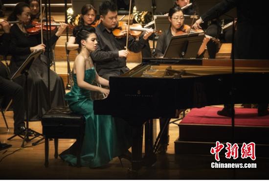 [热点新闻]黄子芳钢琴独奏音乐会深圳精彩上演