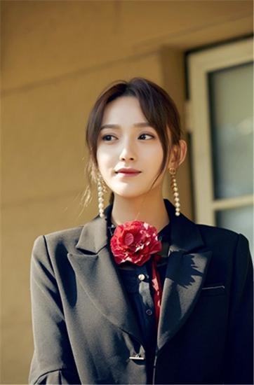 艾晓琪新春入组主演新剧《亲・爱的味道》开机