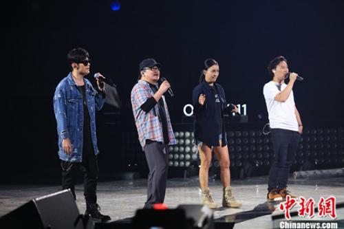 第二季《中国新歌声》今晚首播陈奕迅遭周杰伦吐槽