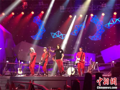 央视乐队竞演节目《超级乐队》8月3日首播