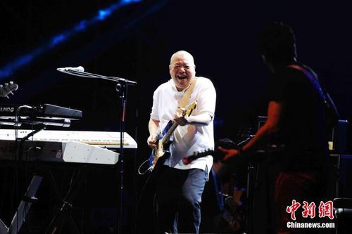 歌手臧天朔因病去世年仅54岁代表作《朋友》等