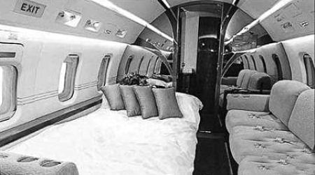 周杰伦的飞机价值一亿人民币