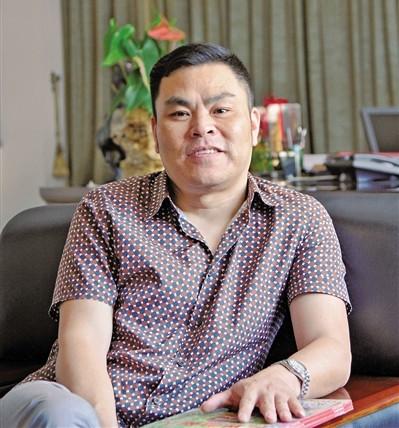 浙江温州籍旅荷侨领夏光耀:一步一个脚印做实业