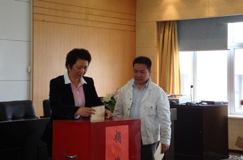 4月26日上午,浙江省温州市瓯海区侨联组织全区侨界政协委员在丽岙镇