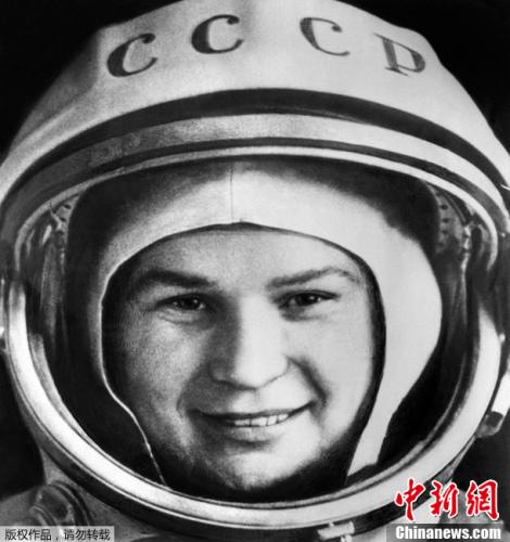 全国首位女航天员:捷列什科娃