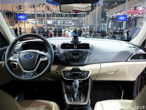 长安福特 福睿斯 2015款 1.5L 自动时髦型