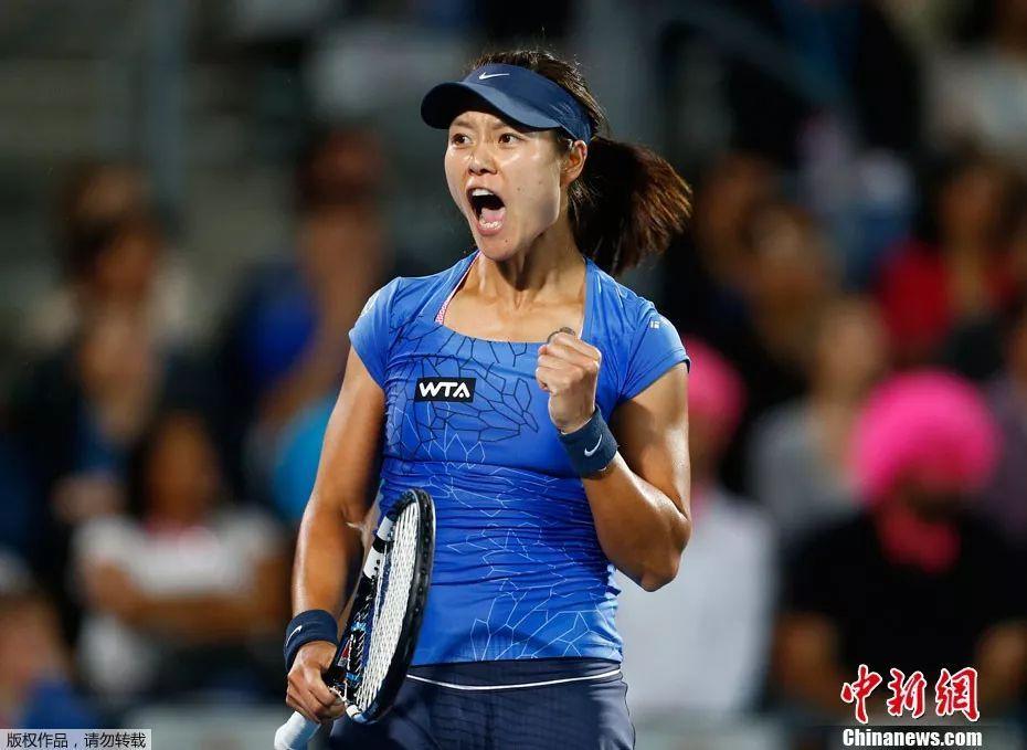 亚洲第一人!李娜入选国际网球名人堂 我们为你骄傲