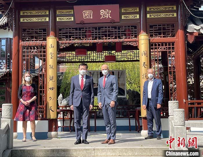 """汉堡与上海""""云端""""庆祝缔结友好城市35周年"""