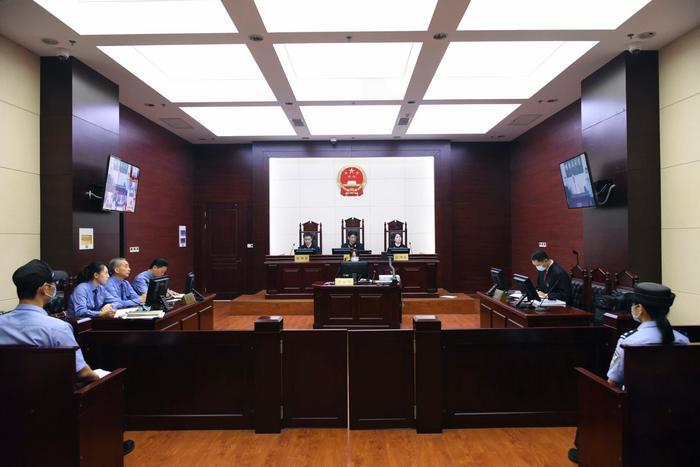 被控受贿7200余万中国盐业集团原董事长茆庆国受审