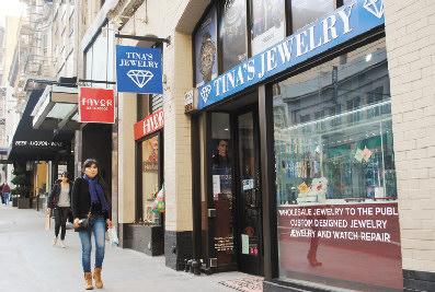 旧金山一华裔珠宝店遭抢损失逾百万美元(图)