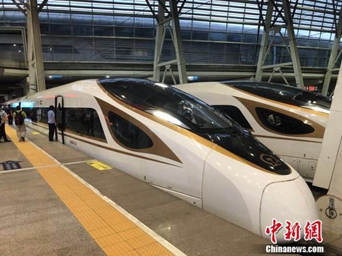 京津城际时速350公里开跑 北京到天津仅需30分钟