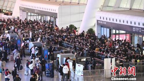 春节假期铁路发送旅客6030万人次铁路运输安全有序