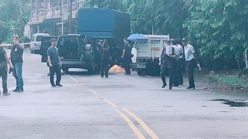 台警方抓逃犯双方激烈枪战嫌犯中枪身亡死因待查