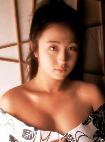 日本av女友优排行_日本最老女优隐退只要灯亮起来就要做到最好
